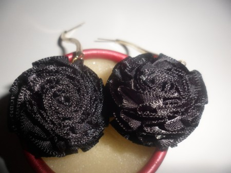 Fekete Virág Rózsa Fülbevaló