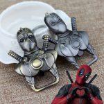 Deadpool Üveg Nyitó Kulcstartó Bronz Vagy Ezüst