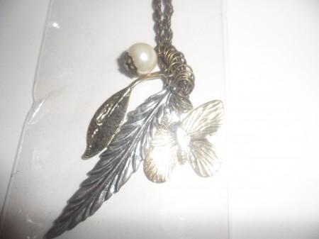 Pillangó Lepke Gyöngy Levél Nyaklánc